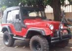 Jeep CJ 5 equipado paraTrilha