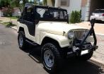 Jeep Willys 77 CJ 5 bege