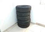 4 Pneus BF KM2 215/75 r15 + 1 Pirelli MTR 215/75 r15