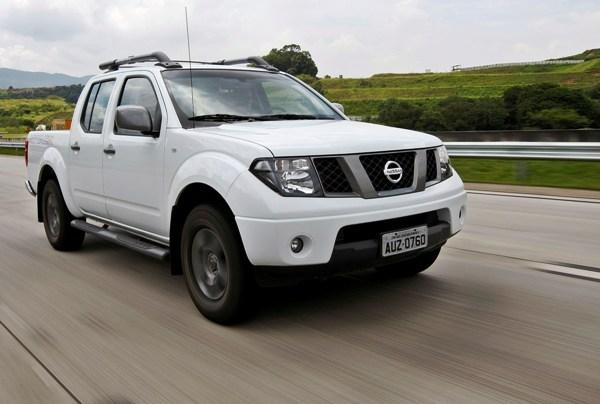 Foto 1 de 5 de Nissan Frontier Attack 2013