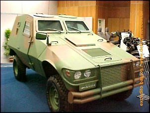 Fotos de veículos militares-mockup-do-vbl-4x4-da-inbrafiltro-sobre-chassi-land-rover.jpg