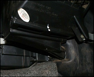 Onde fica o filtro do ar condicionado ?-filtro-ar-condicionado-jimny-004.jpg