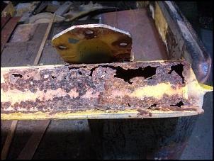 Quadro do para brisa Toyota Bandeirante-cam00210.jpg
