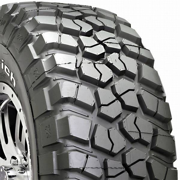 pneus tr4 bfgoogrich mud km2 225 75 r16 troco por pneu original pirelli scorpion. Black Bedroom Furniture Sets. Home Design Ideas