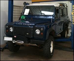 Land Rover Defender 110 SW 2000/2000 Azul com Teto Branco-image-4-.jpg