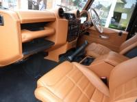 Grupo com finalidade de trocas de ideias de personalização da Land Rover Defender - interior e exterior - empresas especializadas no Brasil.