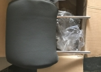 Encosto de cabeça dos bancos dianteiros Pickup Hilux SRV Top 4x4 - Ano 2013 original