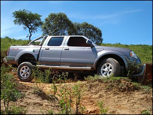 Frontier SE ONE 4x4 2003
