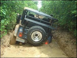 Trilha da tucunduba - jeep azul no buraco I.