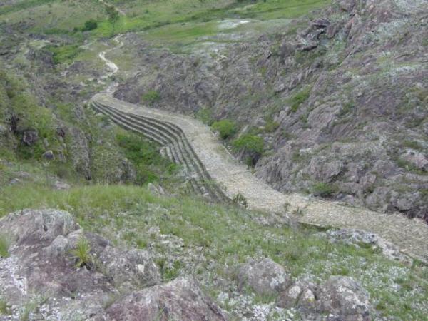 Final da Estrada Real em Diamantina. É um dos locais de melhor preservação do pavimento original.