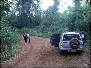 Caminho para a cachoeira da Graciosa, no município de Cajurú - SP