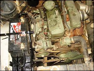 bateria no cofre do motor