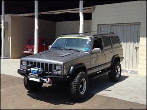"Cherokee Rabujenta 1998  Motor MWM 2.8 Turbo Diesel,  Cambio Aut. original  Kit MXV 3"" Amortecedores Off Shox  Pneus MTR Wangler, Kevlar, 31x10,5R15,..."