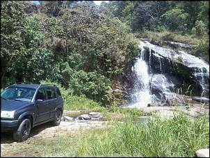 Cachoeira na beira da estrada Cunha/Paraty