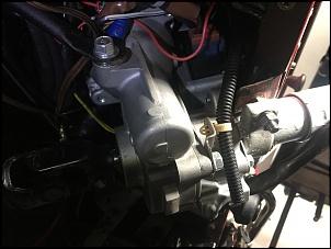 Outra foto da coluna de direção elétrica. É a coluna de direção do Nissan Livina, Não importa o peso do carro doador da direção, pois ela atua na...