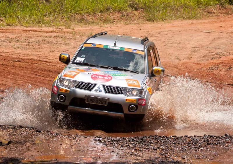 Suspensão Jeep Willys com molas helicoidais.-auto275.jpg