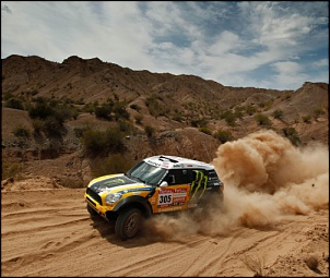 COMO INSTALAR 4X4 NA RURAL4X2 ????-2012-dakar-rally-mini-front-view.jpg