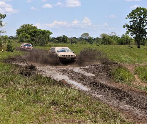 CÂMBIO CLARCK 5 M NO MOTOR ORIGINAL 6CC-jeep-experience-4x4brasil-1-.jpg