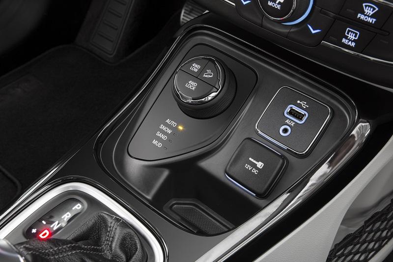 CÂMBIO CLARCK 5 M NO MOTOR ORIGINAL 6CC-jeepcompass-4x4brasil.jpg