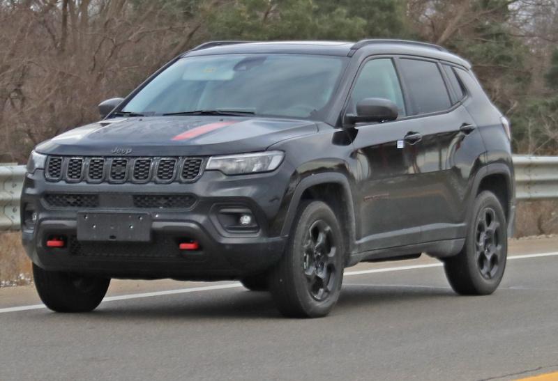 -jeep-compass-trailhawk-001.jpg