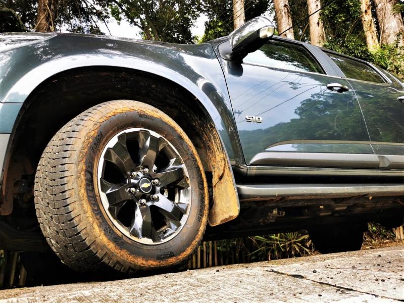 -chevrolet-s10-high-country-4x4-brasil-5-.jpg