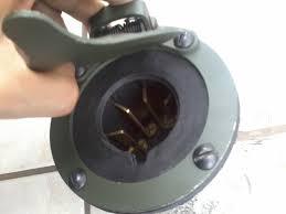 Eletricista para veiculo Militar EB-tomada.jpg