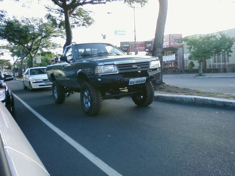 D Tracao X Na Ford Courier Pampa on 2009 Dodge Dakota 4x4