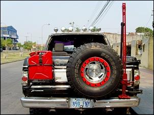 Ford Bronco-anillo-llanta-trasera.jpg