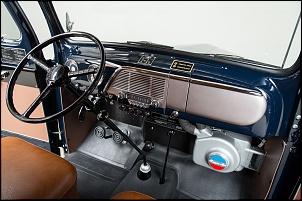 Gerações da pick up Ford F 1000  ( F Series)-f100-51-interior.jpg