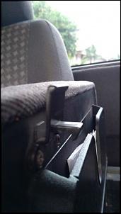 Dúvida quanto a montagem correta da trava da tampa de apoio de Braço Ranger XLS 2008-photo5008482774457362429.jpg