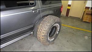 """""""BUD"""" - Explorer 98 V6 + 5"""" de lift + pneus 35""""-dsc00069.jpg"""