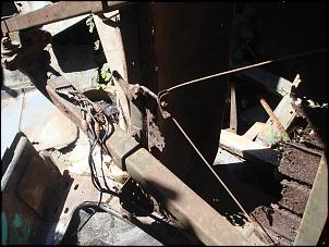 Restauração reboque militar anfíbio M100 1/4 TON-reboque5.jpg