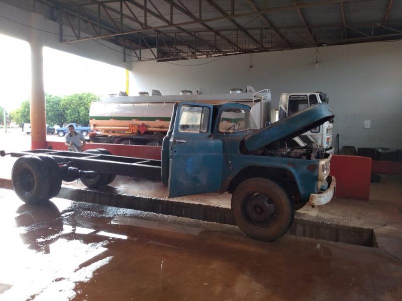 Ford F600 V8 1966-img_20190402_081859398-medium-.jpg