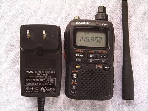 Yaesu VX-2R HT dual band 3W compacto (VHF UHF). Seminovo!-1pic_2778.jpg