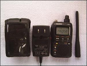 Yaesu VX-2R HT dual band 3W compacto (VHF UHF). Seminovo!-1pic_2779.jpg