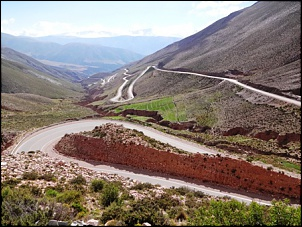 Norte da Argentina (Salta, Purmamarca, Cafayate) e Chile (Atacama) em 10 dias-cuesta-lipan.jpg