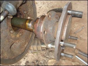 Como retirar o semi eixo traseiro do jeep, rural, f 75 de 1969 em diante.-semi-eixo-traseiro-da-f-75-69-em-diante-011.jpg