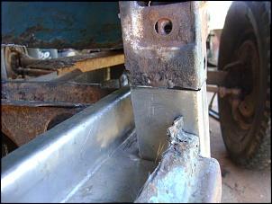 pé da coluna da f 75-imagem-079-pickup-assoalho-direito-longarina.jpg