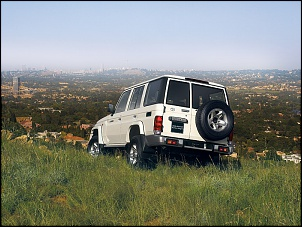 Toyota Land Cruiser 70-lc_station_wagon_gallery_16d_exterior_styling_03_800x600.jpg