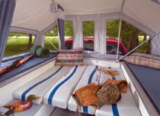 FlipPac Camper nacional para nossas picapes-truckbeddown.jpg