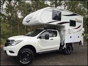 Pickup 4x4 com Camper Fixo para Expedições.-mazda-bt50-suits-slide-campers.jpg