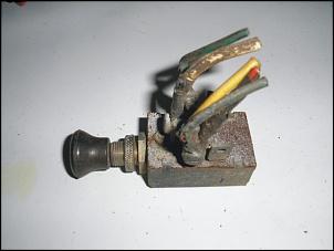 Vendo: Interruptor Luz Farol - Painel - Jeep CJ-5, Rural e F-75-pb040325-1.jpg