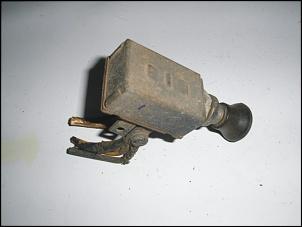 Vendo: Interruptor Luz Farol - Painel - Jeep CJ-5, Rural e F-75-pb040326-1.jpg