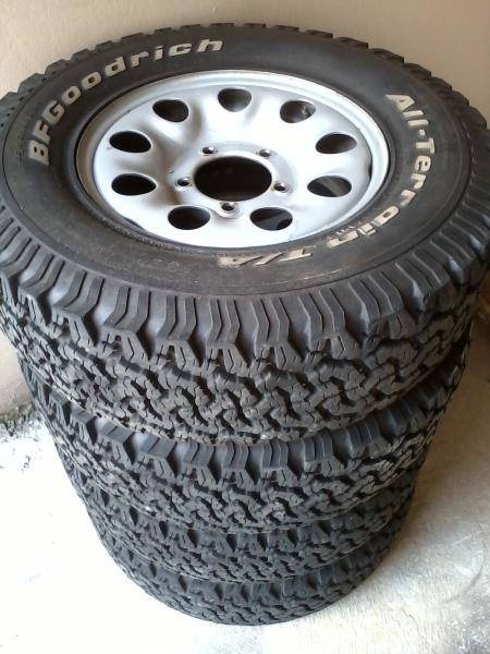 Land Rover Sport >> Pneus BF Goodrich All Terrain 235/75 R15