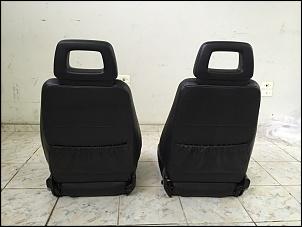 Vendo par de bancos dianteiros Troller 2012-3.jpg