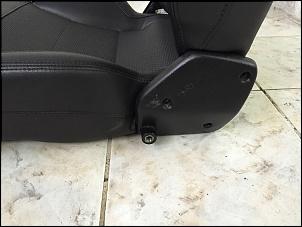 Vendo par de bancos dianteiros Troller 2012-4.jpg