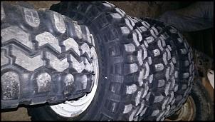 Vendo conjunto de rodas e pneus VJ 910 em excelente estado - furação willys-img-20151118-wa0033-3.jpg