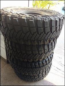 04 pneus wrangler 33x12,5 aro 15-13769460_1045107115578123_5642875067104713800_n.jpg