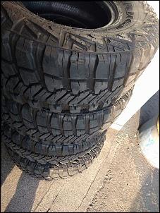 04 pneus wrangler 33x12,5 aro 15-13769536_1045107228911445_817469332346348484_n.jpg