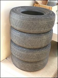 Vendo 4 pneus Pirelli Scorpion ATR LT 255/75 R15 - CAMPOS DO JORDÃO-4-pneus.jpg